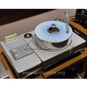 Davinci audio in unison luxury turntables